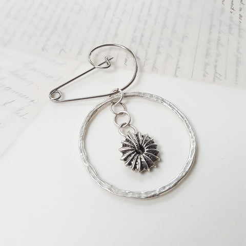 Sea Urchin Silver Plated Swirl Pin Brooch (87)