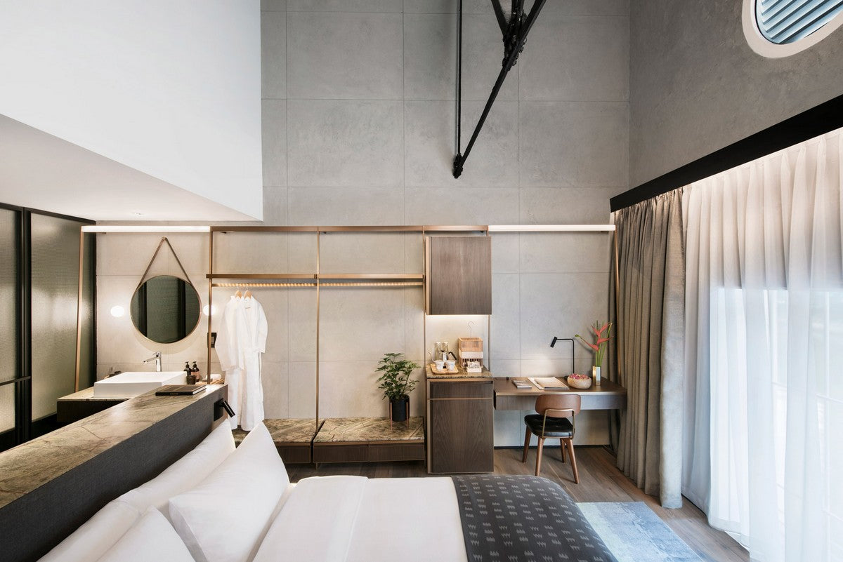 the-warehouse-hotel-room