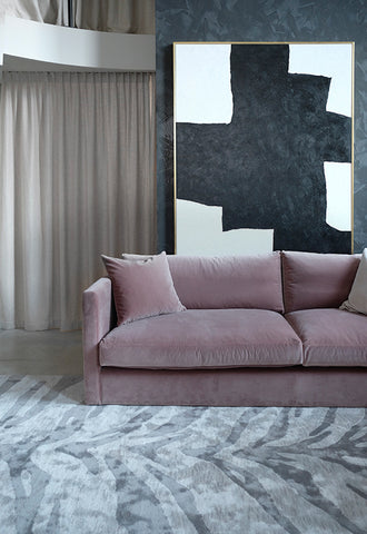 pink-couch-white-blinds