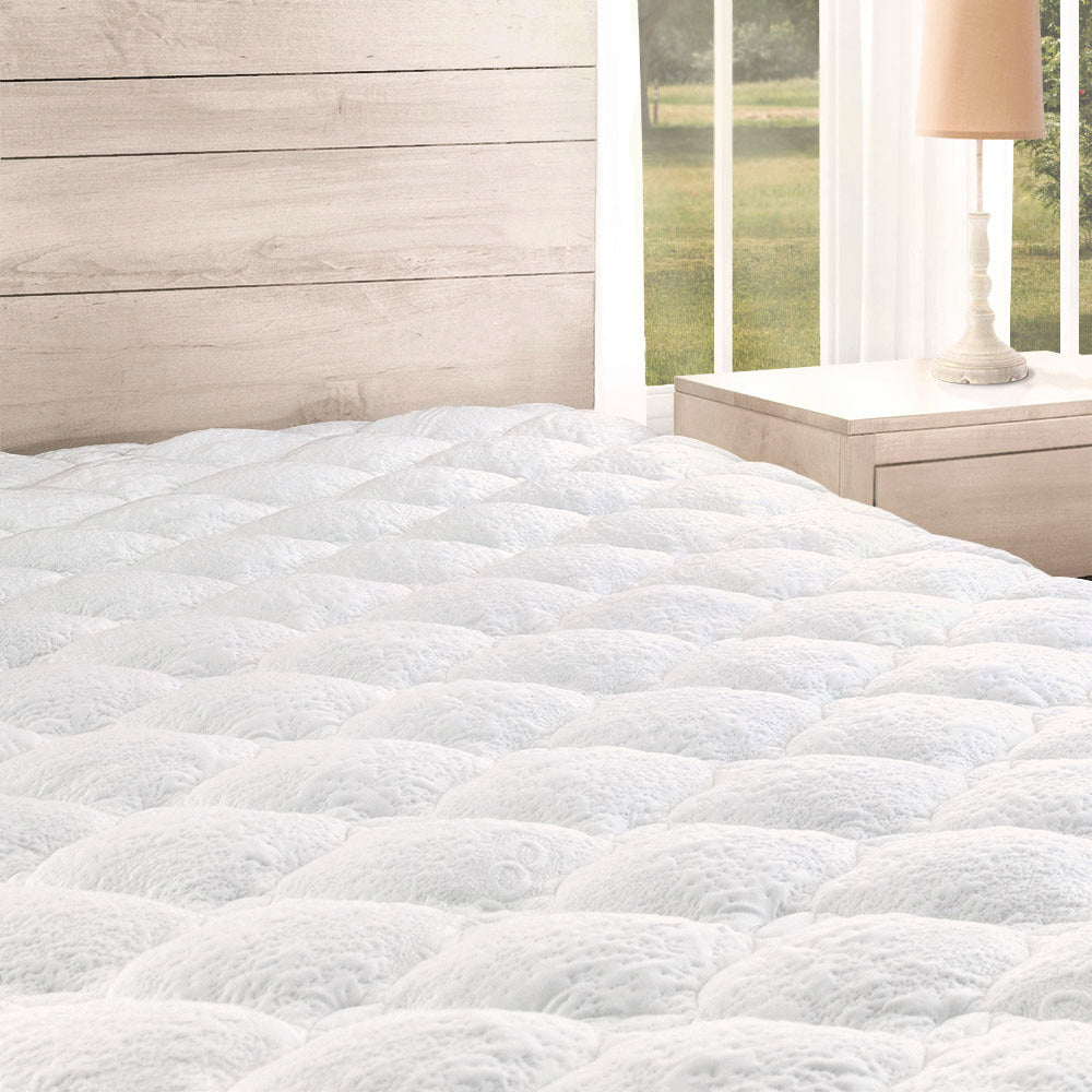 timeless design 689d4 aa6cd Cooling Mattress Pad with Fitted Skirt