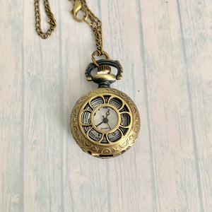 Small Pocket Watch: Daisy