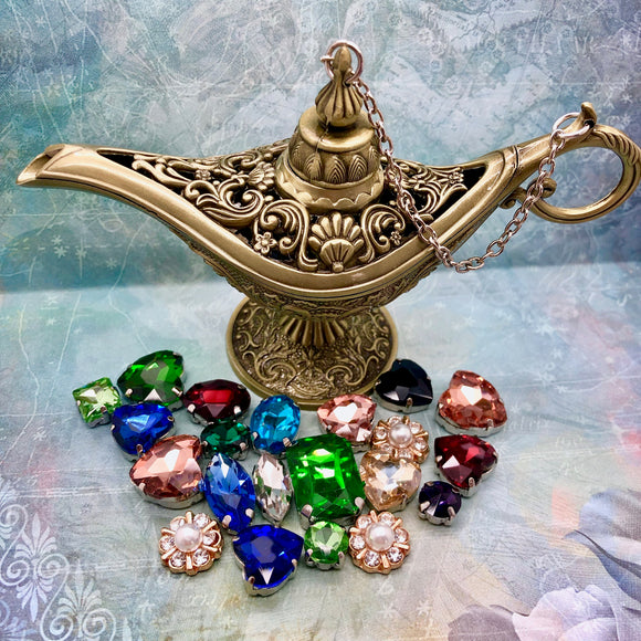 BACKORDER: Aladdin's Lamp Ornate Box (Limited Edition)