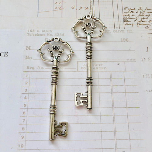 Large Keepsake Keys (x2)
