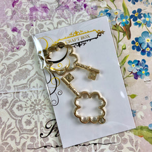 Alice Collection - Clover Keys Gold