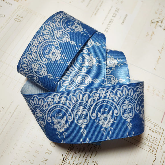 Blue and white lace grosgrain ribbon 4cm x 91.5cm (1 yard)