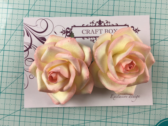 Craft Box Exclusive - Set of large flowers designed by Anna