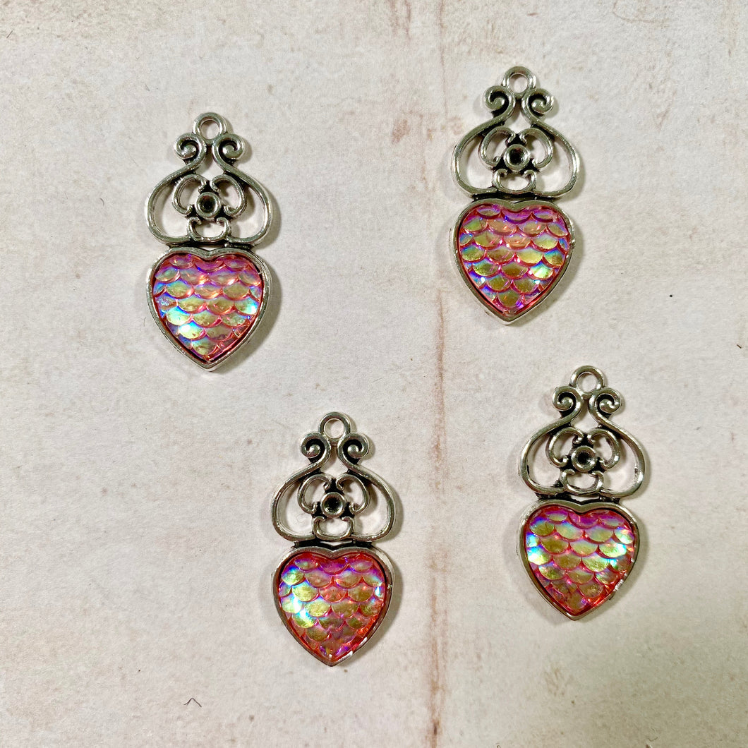 Itsy Bitsy - Vintage Silver with Scale Resin Heart