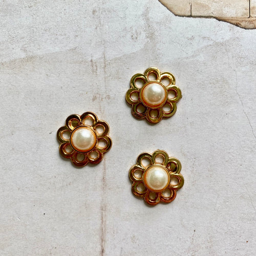 Itsy Bitsy - Gold Coloured Plastic Buttons