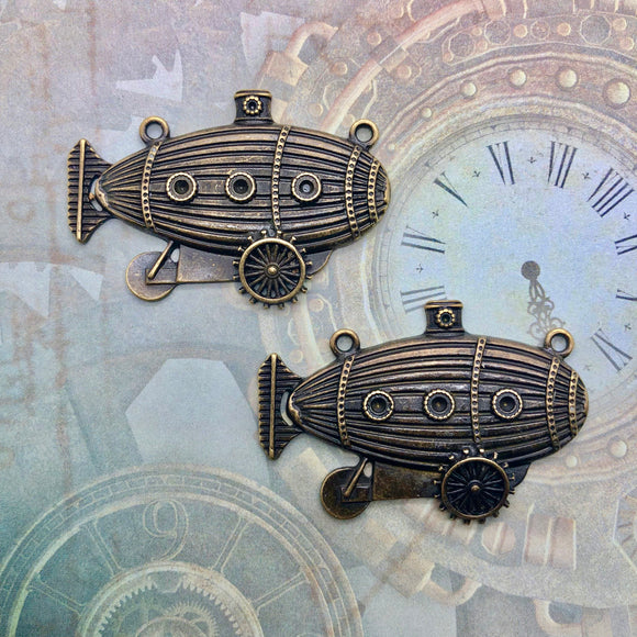 Steampunk City - Brass Zeppelins