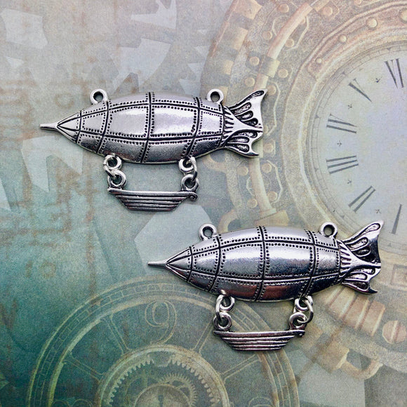 Steampunk City - Silver Zeppelins with Baskets
