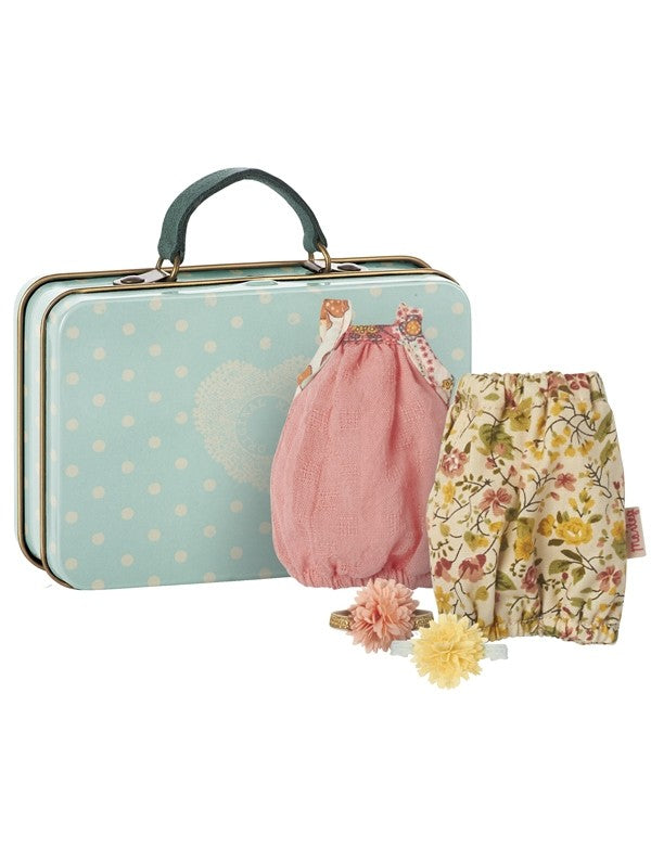 Micro, suitcase with two dresses