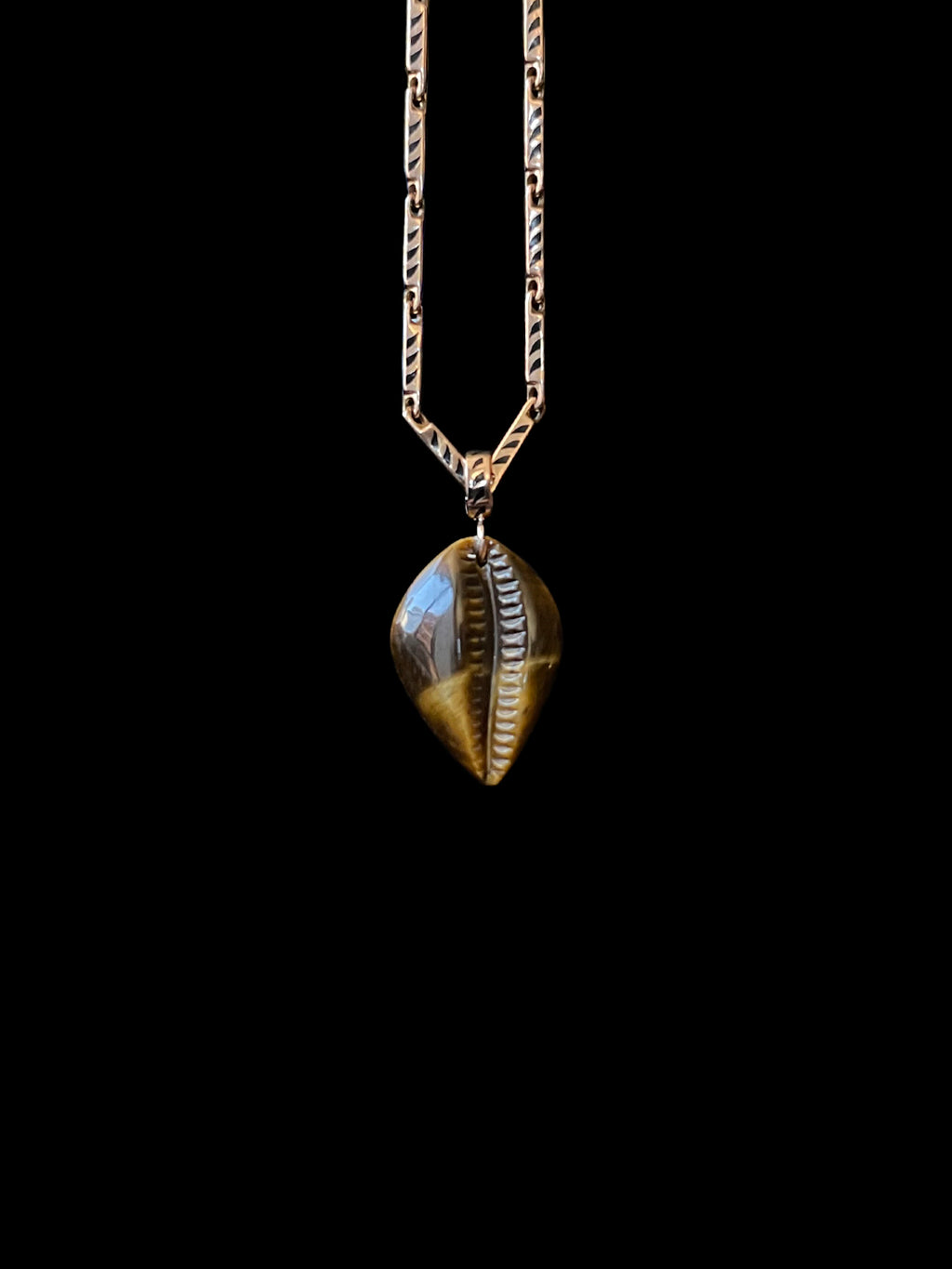 Gold Tiger Eye Classic Cowry