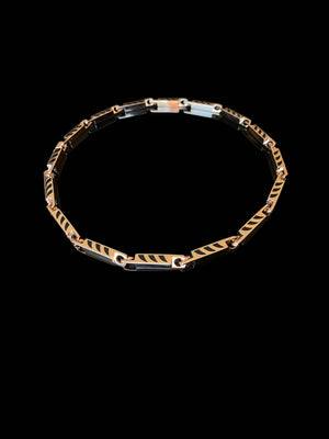 Dopio Deco Chain with Shark Fin Enameling