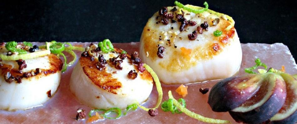 Salt Block Scallops with Szechuan Peppercorns and Citrus