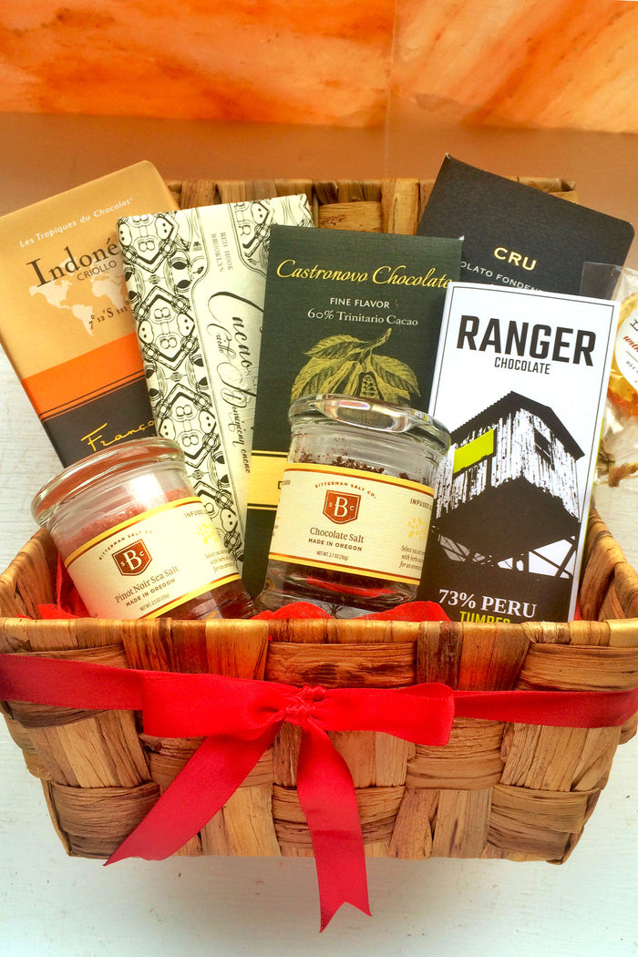 Extra Bountiful Gourmet Salt + Chocolate Basket!