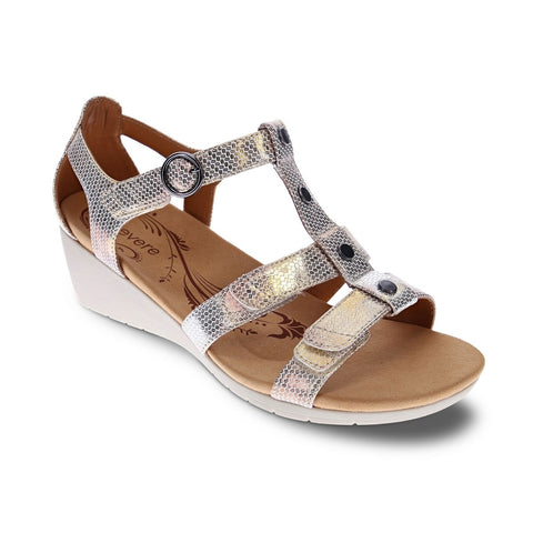 Nassau Closed Heel Wedge