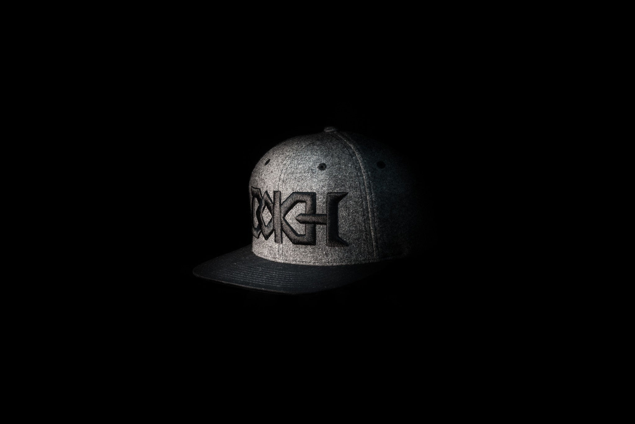 Bokeh = Metal (Dark Gray & Black)