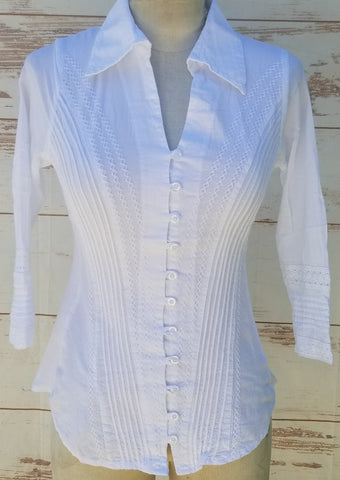 """Stacey"" White Buttoned Blouse"