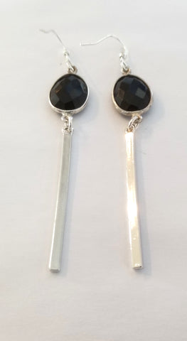 Earrings Sterling Silver and Black Onix. Bar