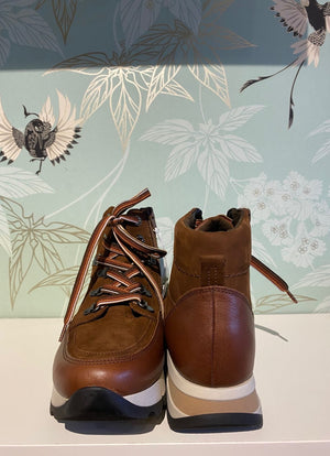 Gabor - Nubuck Lace Up Boots