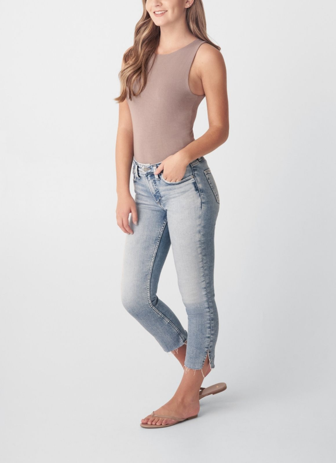 Silver Jeans - Most Wanted Mid Rise Straight Crop Indigo