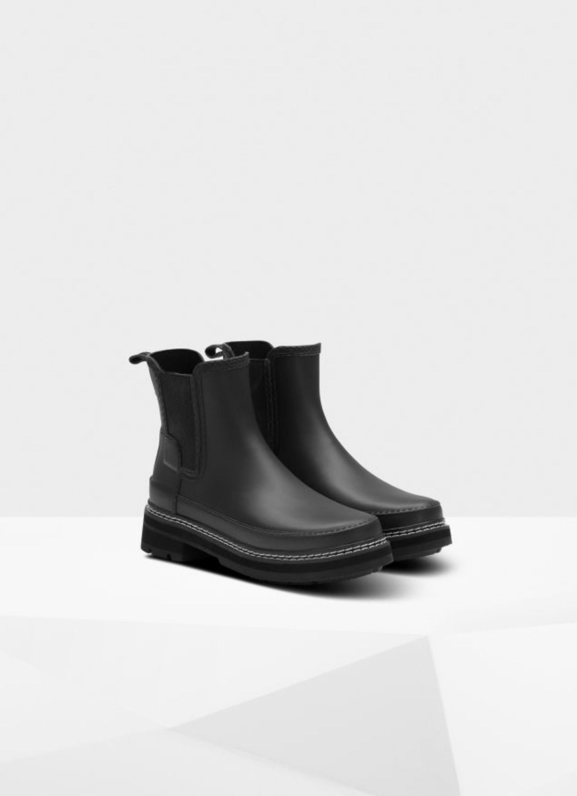 Hunter - Refined Stitch Detail Chelsea Boots