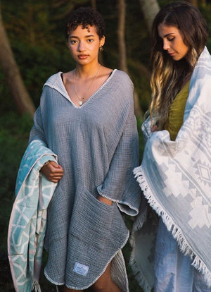 Tofino Towel - Women's Cocoon Surf Poncho Grey