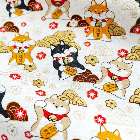 Japanese - white metallic lucky cats & clouds cotton fabric W:145cm FQ1901-02