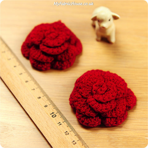 handmade crochet embellishment - 2 red roses