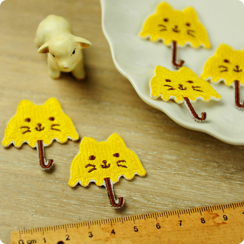 Pets - yellow cat umbrella embroidery iron on patch for kids 2pcs AP1503-10