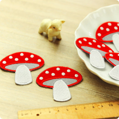 Woodland - red mushroom embroidery iron on patch for kids 2pcs AP1505-12