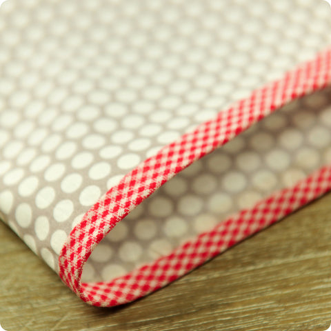 Checks - 5m red & white cotton bias binding unfolded tape