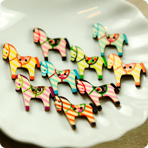 Farm - multicolour assorted horses wooden buttons -10pcs