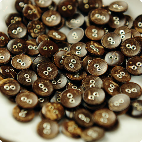 2-hole natural coconut buttons -10pcs
