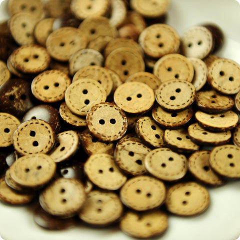 Stitches 2-hole natural coconut buttons -10pcs