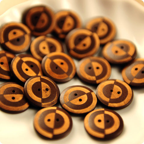 Retro - brown & beige wooden buttons -10pcs