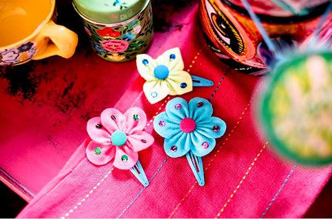 Sew over it - Indian Matchbox Kit - Smiling Flower Clips