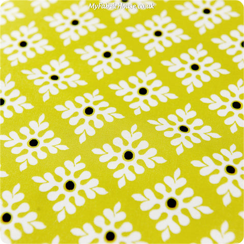 Retro - lime & white snowflakes cotton fabric W:100cm FQ1111-39