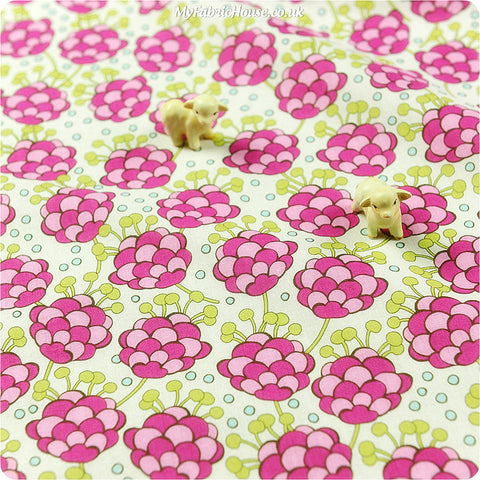 Buy cotton fabric - pink Flowers Fat Quarter FQ £3.25 | My Fabric House