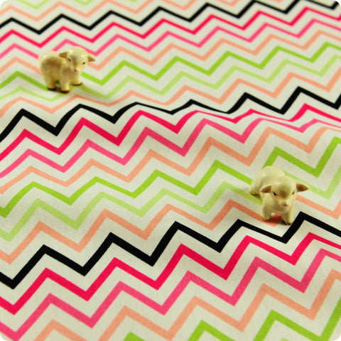 [SALE] Chevron - pink lime & black 4mm stripes cotton fabric W:107cm FQ1505-13