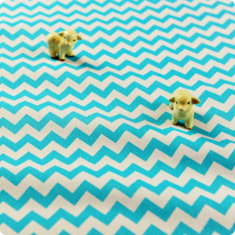 Chevron - blue aqua & white 7mm stripes cotton fabric W:100cm FQ1506-07