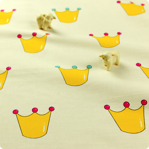 [SALE] Fairy & Princess - yellow crown motifs cotton fabric W:116cm FQ1512-18