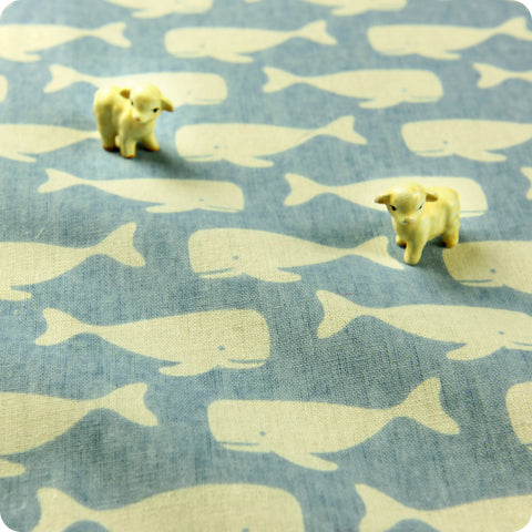 Nautical - blue & white whale hessian linen fabric FQ1602-06
