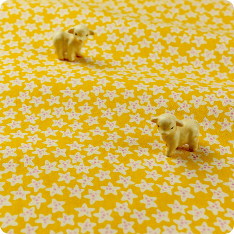 Stars - yellow & white retro star prints natural hessian linen fabric FQ1602-13