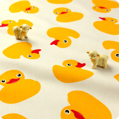 Farm - yellow & white rubber duck cotton fabric W:160cm FQ1602-47