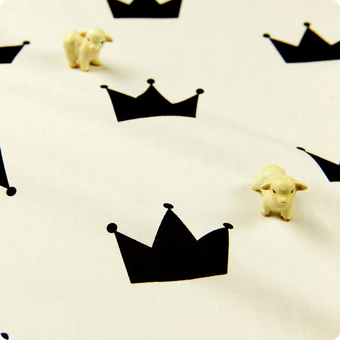 Fairy & Princess - monochrome black & white crowns (width: 160cm) cotton fabric