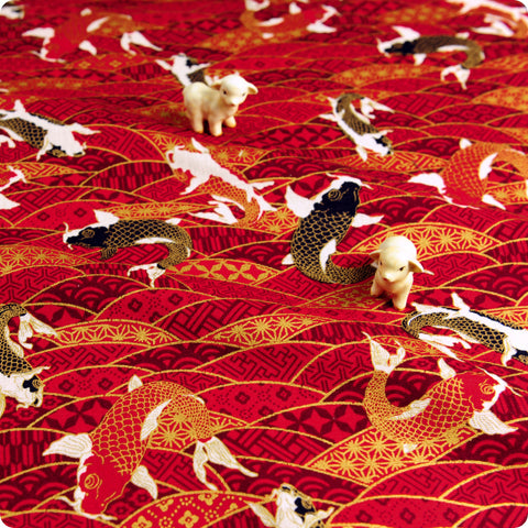 Japanese - red & gold metallic koi fish (width:140cm) cotton fabric