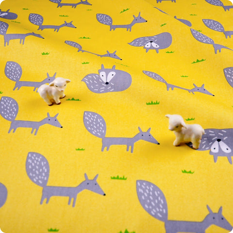 Woodland - yellow & grey foxes (width: 160cm) cotton fabric FQ1802-09