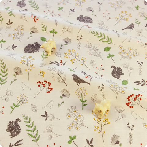 Woodland - green & white floral & animals cotton fabric W:116cm FQ1804-38