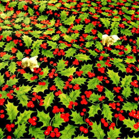 Christmas - black green holly leaf & red berry pick cotton fabric FQ1811-28